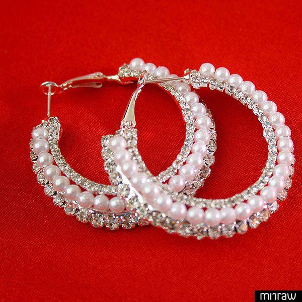Beautiful silver zircon pearl bali