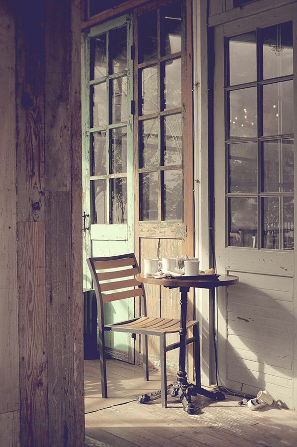 "A lovely cafe called ""Slow Garden Coffee and Waffle"" in Samcheongdong, Seoul"