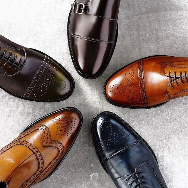 Which is your favourite colour?  Bronze, Tan, Navy, Camel or Olive?  #AquilaStyle #Shoes