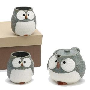 Ridiculous owl tea set