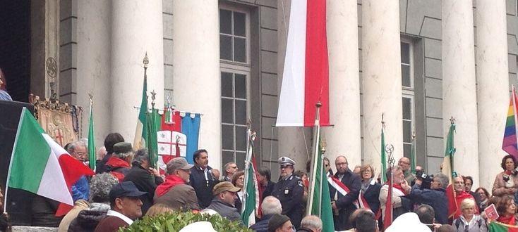 25 Aprile: Genova, fischi e urla contro Toti