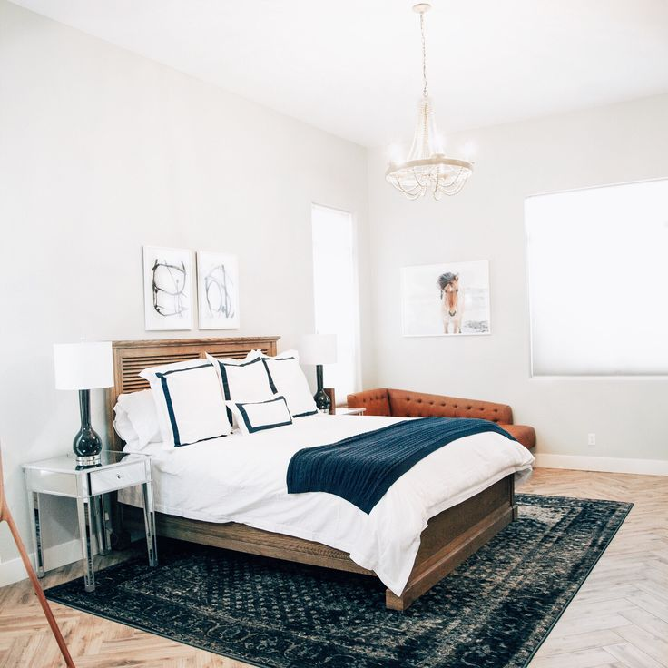 Master bedroom designs with Rugs USA s Tracce TC02 Vintage Castle Medallion. 108 best Master Room images on Pinterest