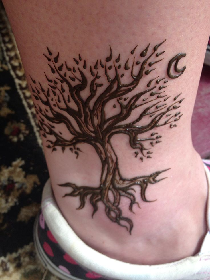Henna tree from MD Renn Fest-tree with crescent moon Possible foot tattoo