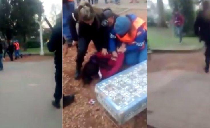 VIDEO: La policía golpeó y detuvo a menores de edad que festejaban el Día del Amigo: Un video muestra cómo los efectivos de seguridad le…
