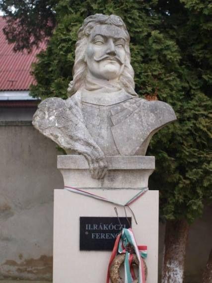 II. Rákóczi Ferenc mellszobra - Munkács - Kárpátalja