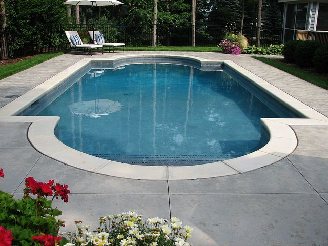 Classic roman shaped pool i want pools pinterest for Roman style pool design