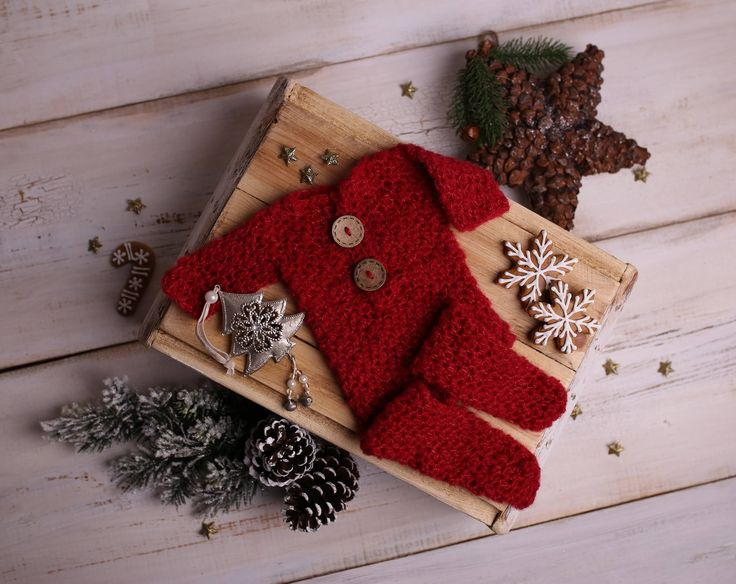 Newborn christmas outfit, Christmas overall, Christmas footed overall, Beautiful newborn photo prop, baby's first Christmas by Amaiahandmade on Etsy