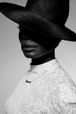 make up for beautiful Nikeata Thompson