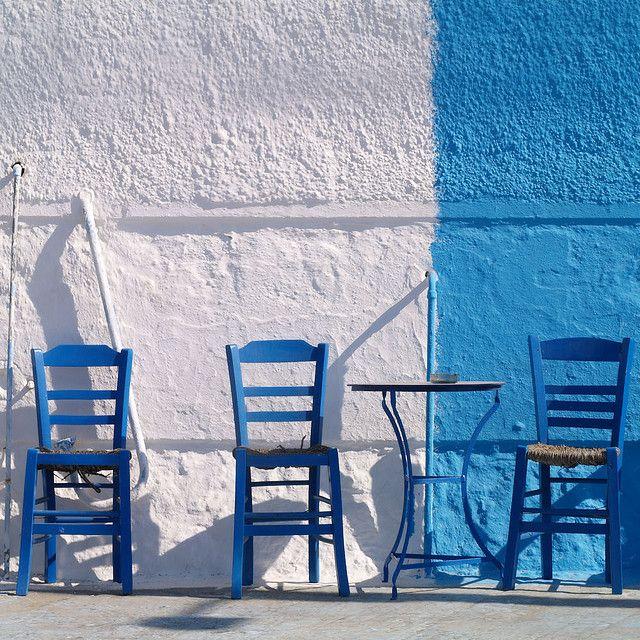 Αποκάλυψη Το Ένατο Κύμα: Άδειες καρέκλες!