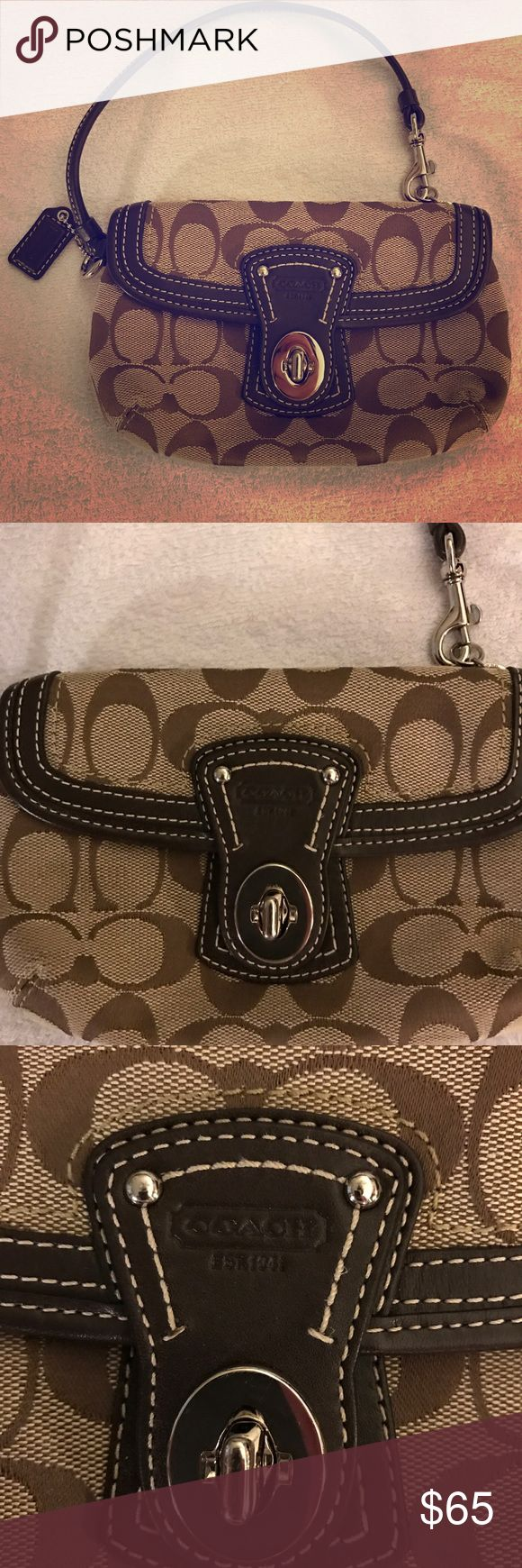 Authentic COACH Clutch Brown Canvas Brown coach clutch perfect for a night out!! Brown with canvas material. I only used it once so it's in great condition Coach Bags Clutches & Wristlets