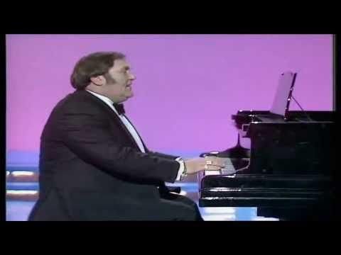 (9th June 2015) OUT OF TUNE: Les Dawson's famous piano playing (in truth, he was an accomplished pianist).