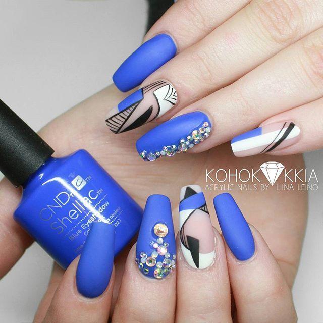 CND Shellac in the colour Blue Eyeshadow inspo from @beaute_asylum @cndsuomi @cndworld #cnd #cndnails #shellac #cndshellac #cndsuomi #nails #rakennekynnet #kynnet #acrylicnails #gelnails #geelikynnet #gelenaglar #kohokukkia #nailsmagazine #nailpromagazine #nailprodigy En neuvottele hinnoista tai ikärajoista Instagramissa. Ajanvaraus osoitteessa salonroyal.fi.