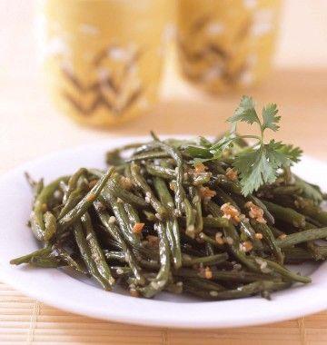 Photo de la recette : Haricots verts sautés à l'ail et sauce soja au wok