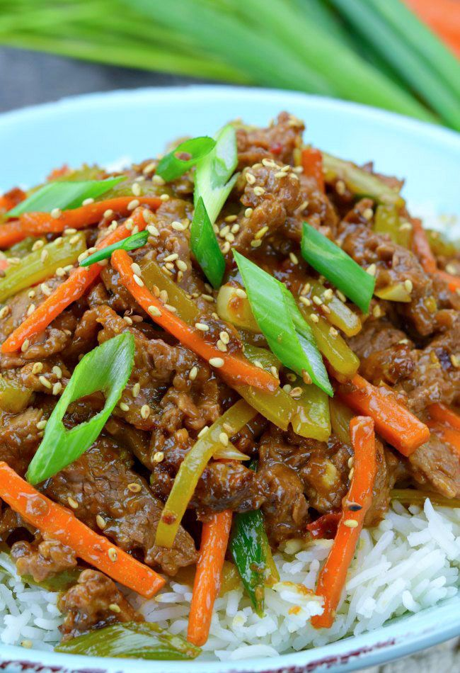 Craving Chinese takeout but don't feel like venturing out of your pajamas? Use this recipe and it's just 30 minutes to Szechuan Beef satisfaction! Dust off your chopsticks, and let's talk takeout! Everyone loves those cute little boxes with the metal handles. They're happy little baskets filled with kung pao chicken or sweet and sour …