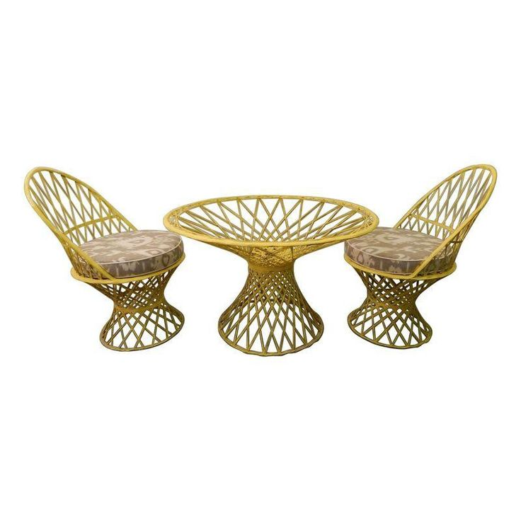 Vintage Yellow Spun Fiberglass Patio Set   $1,398 Est. Retail   $400 On  Chairish.