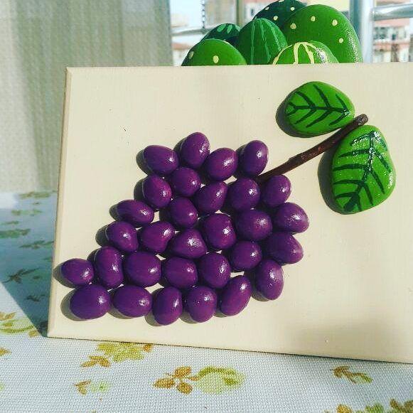 Grapes - pebble art