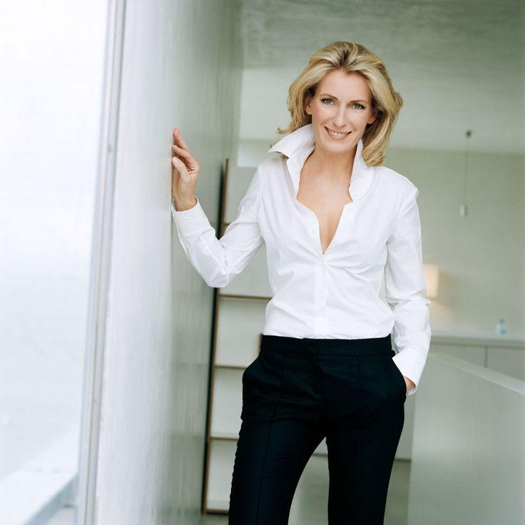 Maria Furtwängler - elegant dressed, white blouse, black trousers