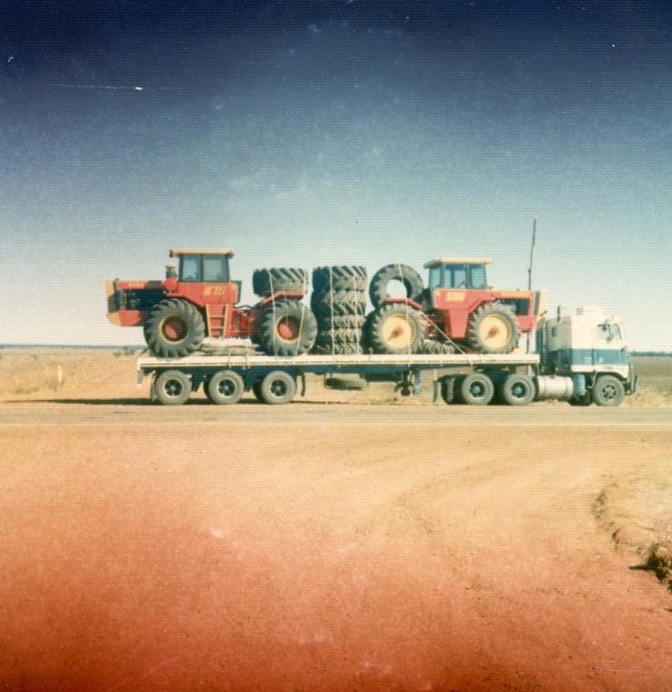 2 Versatiles in transit at Moree, 1977.  K100 with 8V71N @ 318 HP