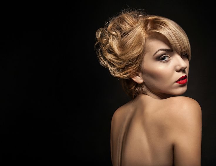 Sedinta foto Beauty in studio Constanta Fashion Books Photography  Model: Monika / Max1 Models Agency Hair: Discret Studio by Catalin Dabija MUA: Hulya Mutalip