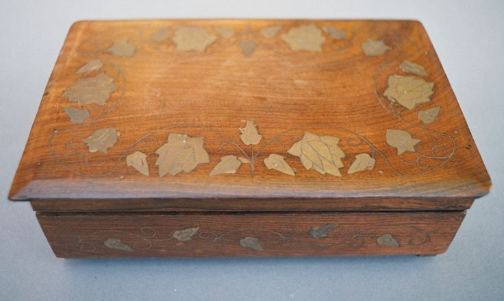 #giftforaspeciallady #woodenbox