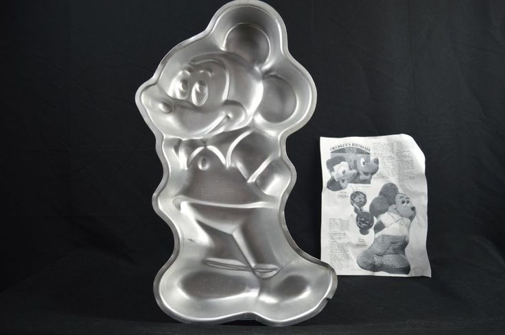 "Walt Disney Production 1978 Wilton Mickey Mouse Cake Pan 17.5"" With Instructions #Wilton"