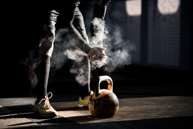 7 Brutal CrossFit Workouts that Are Worth the Pain ❤️