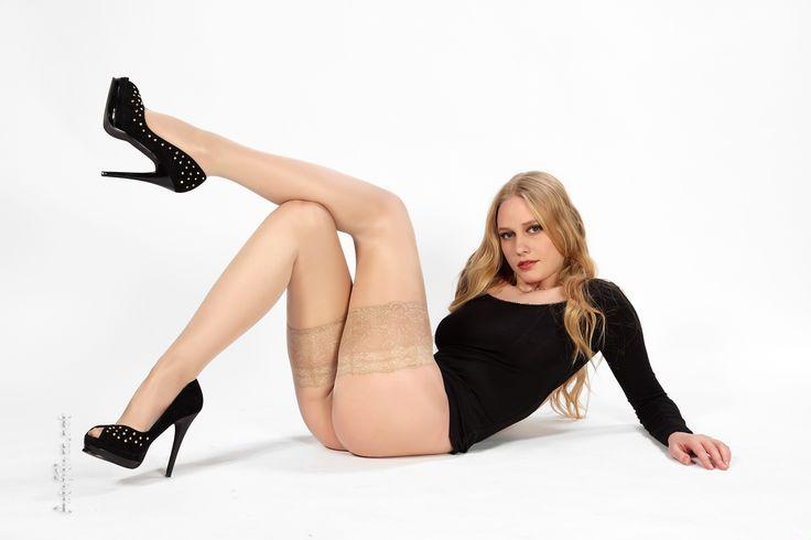 -naylon çorap---bacaklar külotlu çorap-1870 | pimpandhost.com