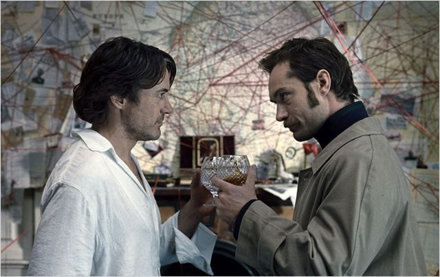 Sherlock Holmes, Jeu d'ombres