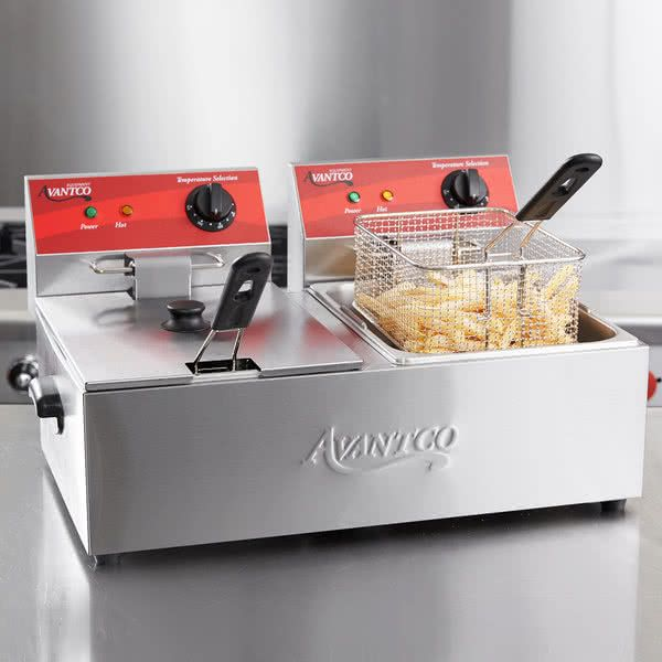 Avantco F102 20 Lb Dual Tank Electric Countertop Fryer 120v