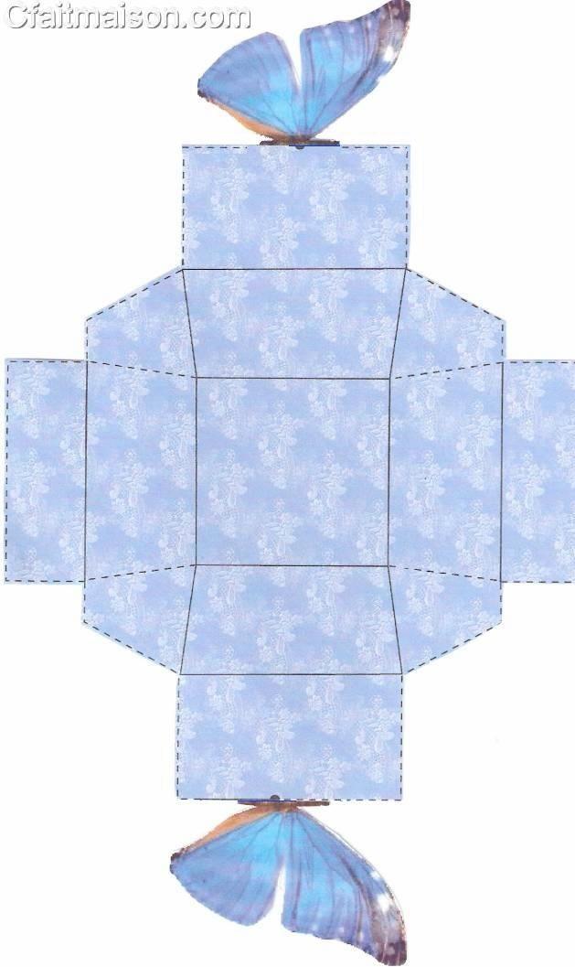 Boîte à dragées avec un papillon bleu dessus, voir modèle.