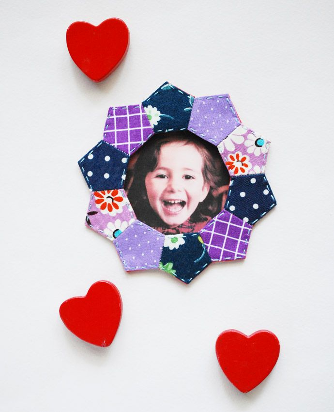 Make a Magnetic Frame with EPP Pentagons // wild olive