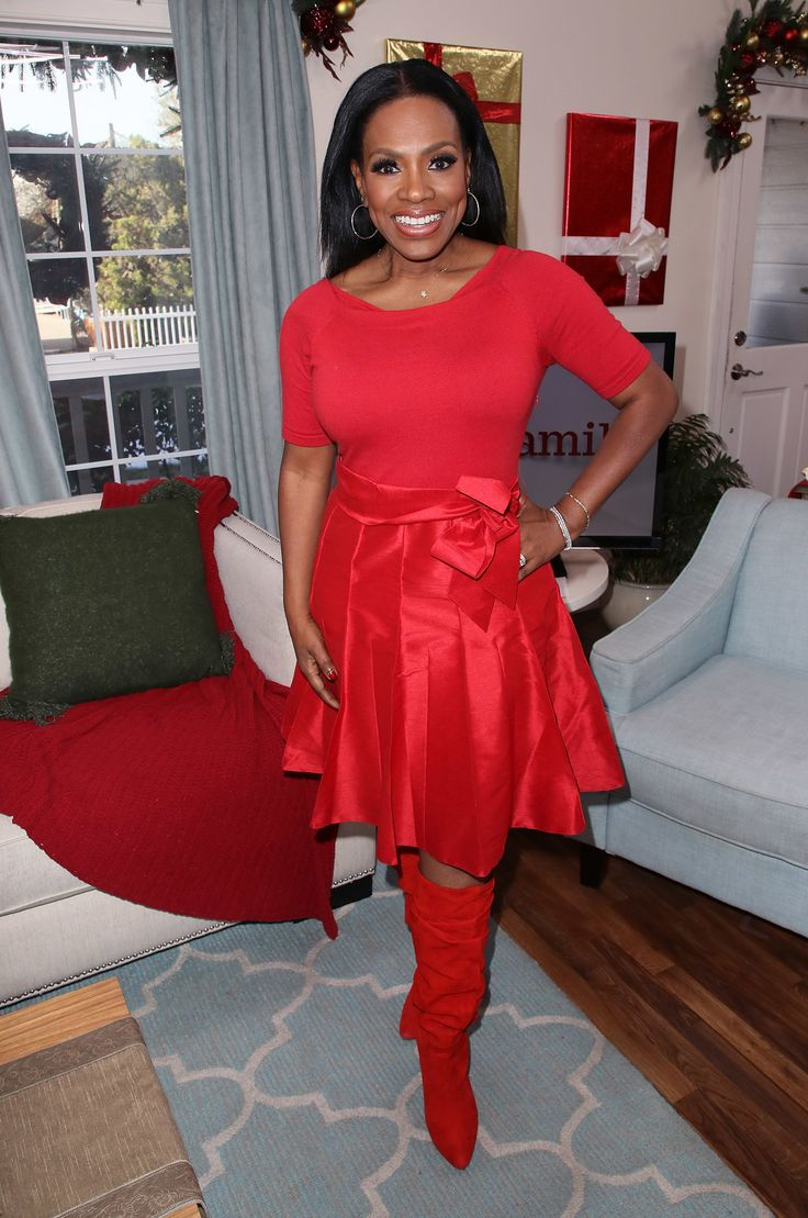 Sheryl Lee Ralph | See Taraji P Henson, Gabrielle Union, Meghan Markle, Laverne Cox, Jordin Sparks and more celebrity pics of the week.