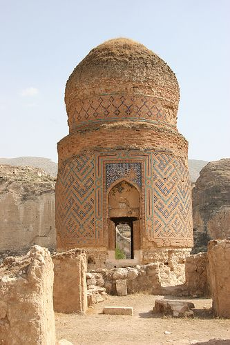 Hasankeyf - Batman Province - TURKIYE  Zaynal Beg Mausoleum (late 1400's),  Zaynal Beg is the eldest son of TURKMEN Uzun Hasan, ruler of Akkoyunlu State.