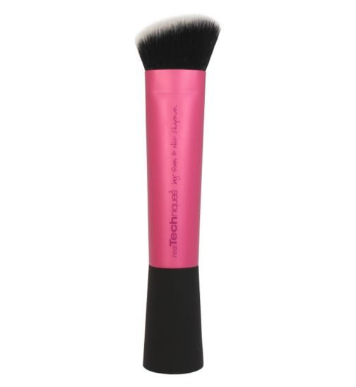 Real Techniques Sculpting Brush - Changed my contour game!!!