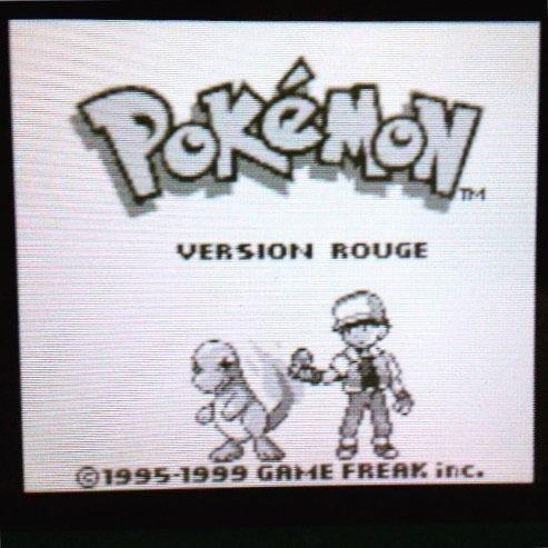 Pour les 20 ans de #Pokémon Nintendo a ressortit les versions bleu/rouge/jaune sur console virtuelle du coup on a craqué pour la version rouge !!! Et vous quelle est votre version préféré ?? Et votre Pokémon favoris ???