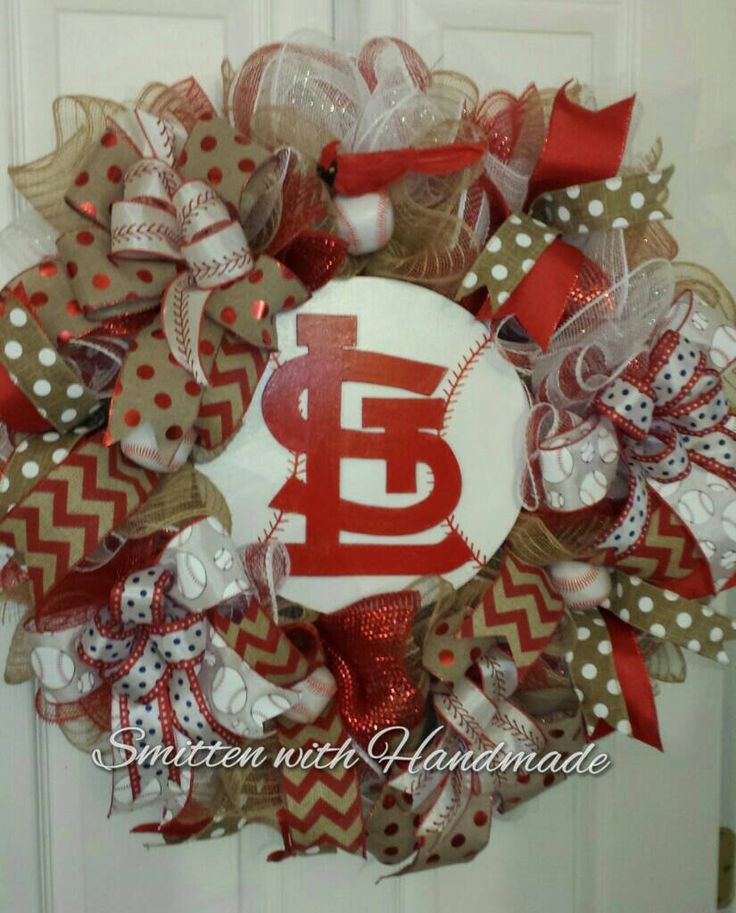 St  Louis Cardinals Baseball Wreath, STL Cardinals Baseball Wreath, STL Decor , Cardinals Baseball, Cardinals Baseball Wreath by SmittenWithHandmade on Etsy https://www.etsy.com/listing/267567606/st-louis-cardinals-baseball-wreath-stl
