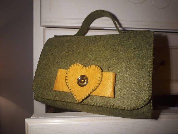 Borsa in feltro verde e giallo  Vintage  Cucita a mano