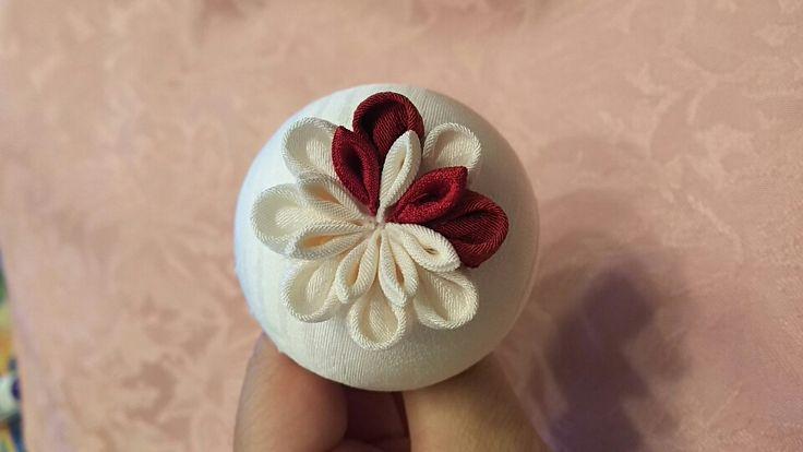 つまみ細工・ミテラの半くすMサイズ(5.5球)の作り方 | つまみ細工 正絹専門 ミテラのかんざし