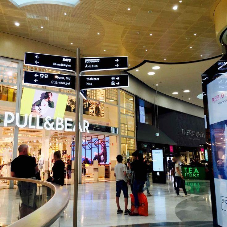OSTOLAKOSSA: Shoppailureissu Tukholman Mall of Scandinaviassa.