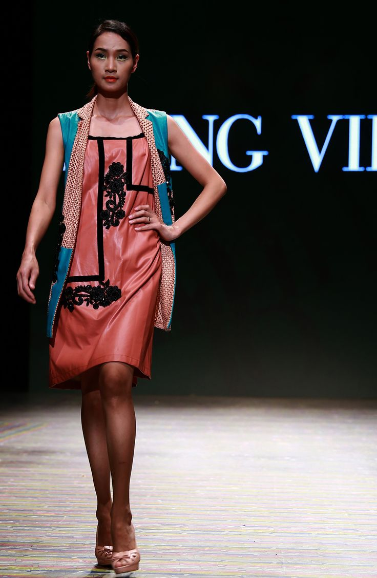Vietnam Fashion Week SS16 - Ready to wear. Designer: Hung Viet. Photo: Cao Duy