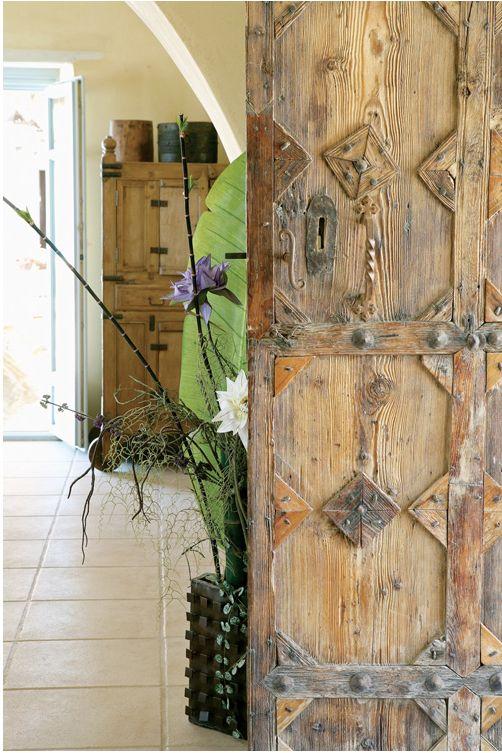 Greek island house via http://casatreschic.blogspot.ca