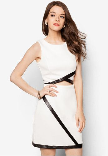 Cut Out Binded Dress