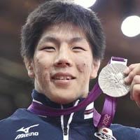 Japanese medarist Nakaya  Men's 73kg judo class
