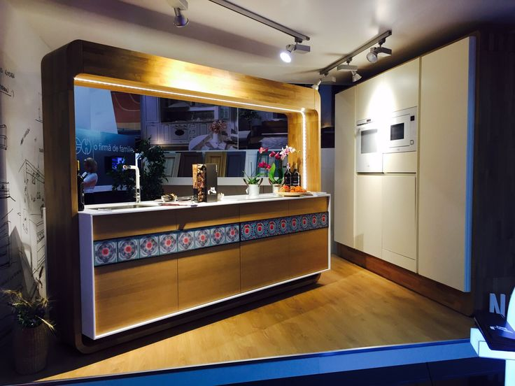Formmat Kitchen using ceramic tiles