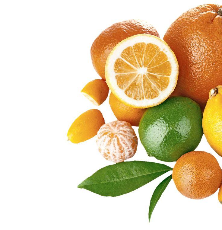 Olúpete pomaranče či mandarínky a s kôrou šup do koša? Nevyhadzujte ju, jej vôňa prehluší nepríjemný smrad, dokonca si poradí s neželanými návštevami