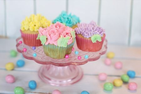 Looking for a party idea? It's almost Easter. Check out the latest blog post from The Party Place here: https://www.partyplacear.com/party-ideas/431-eb-approved-party-tips #ThePartyPlace #Easter #PartyIDeas #PartySupplySuperStore