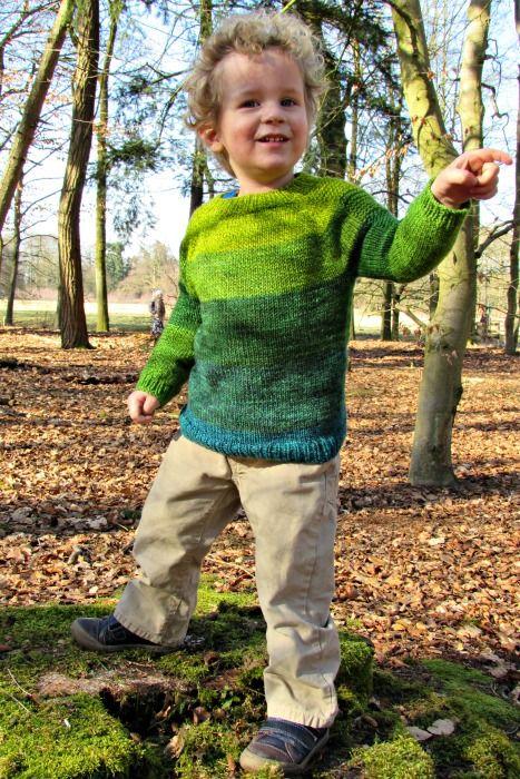 Toffe groene trui, handgebreid en zelf geverft