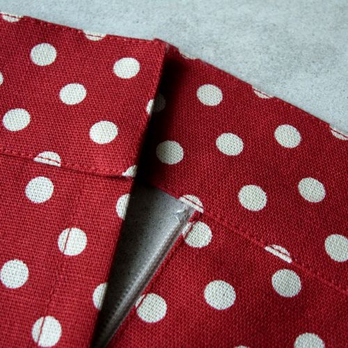 zonari mesis Η μέθοδος λειτουργεί εξίσου καλά όταν εφαρμόζεται σε γιακά για πουκάμισο. Ο τρόπος που φαίνεται είναι κατάλληλος μόνο για ελαφρ...