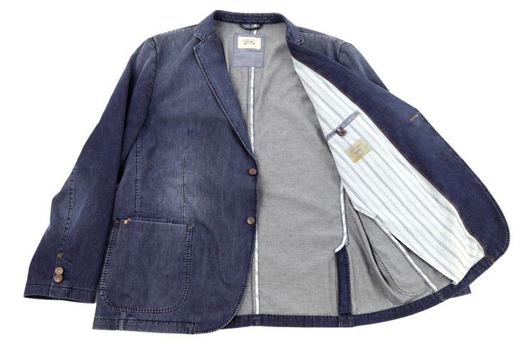 Casualowa marynarka a'la jeans. Idealna na wiosnę do jeansów jak i spodni materiałowych. Odpowiednia na każdą okazję. Skład: 100% bawełna.