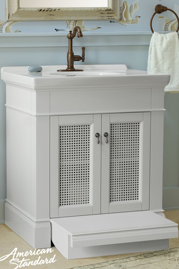 Portsmouth 174 30 Quot Vanity With Pull Out Step Our Baths